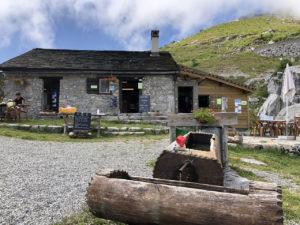 teddy-b.ch - Leysin - Brunnen vor Refuge Le Mayen