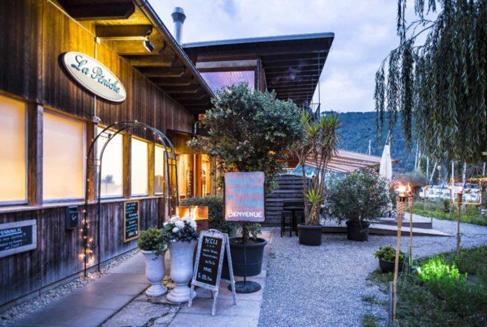 teddy-b.ch - Restaurant Péniche - Nidau